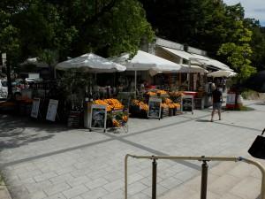 元安橋東詰のカフェ