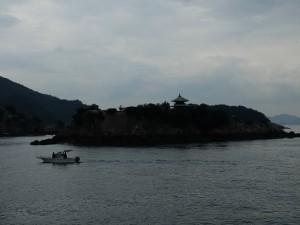 弁天島と瀬戸内海