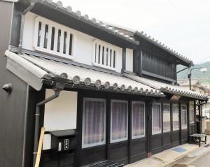鞆の浦平久履物店