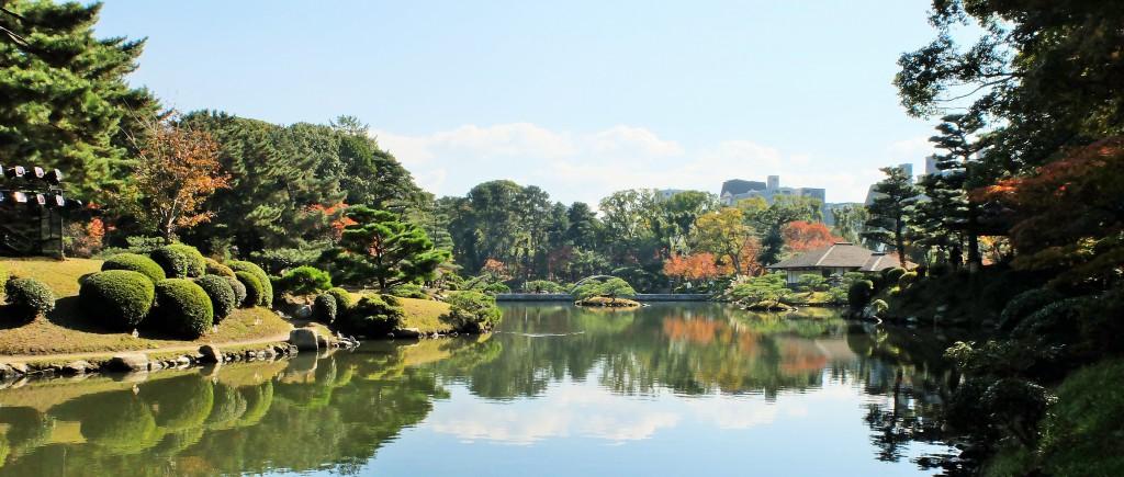 縮景園の池