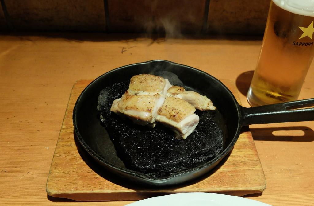 「廣島赤鶏」の溶岩焼