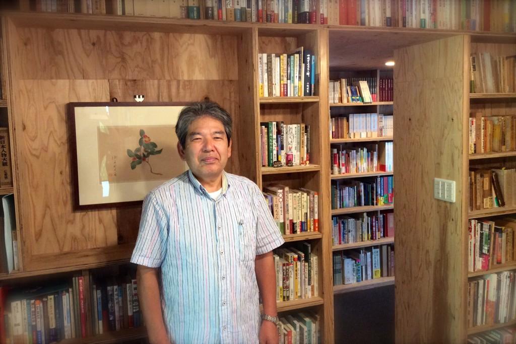 楽山文庫の主人 松本洋二さん