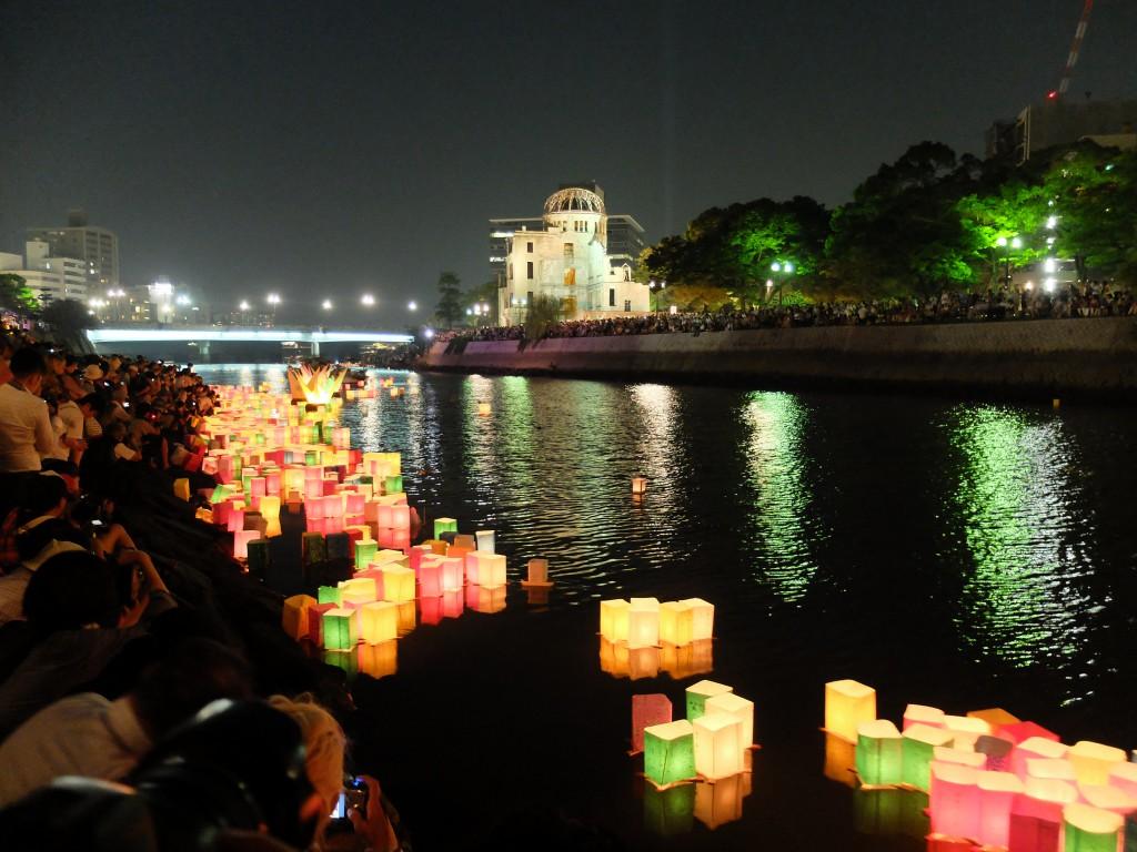 8月6日元安川灯篭流し2